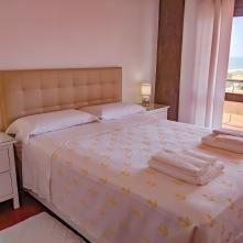 T2 Ocean: bedroom 1